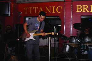 Titanic_albert castiglia