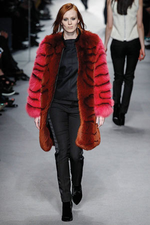 tom-ford-fall-2014-edgy-elegance-16