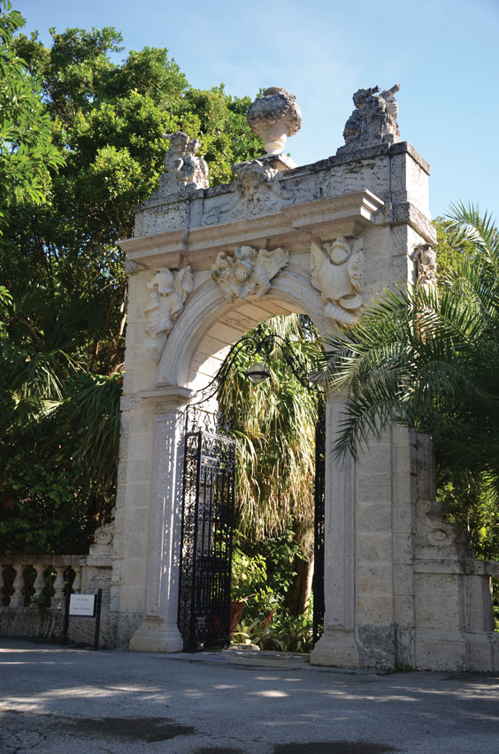 Vizcaya-Entrance